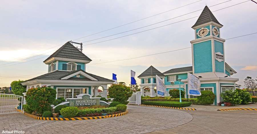 Princeton Heights, a gated community in Bacoor, Cavite. Image credit: Zipmatch.com