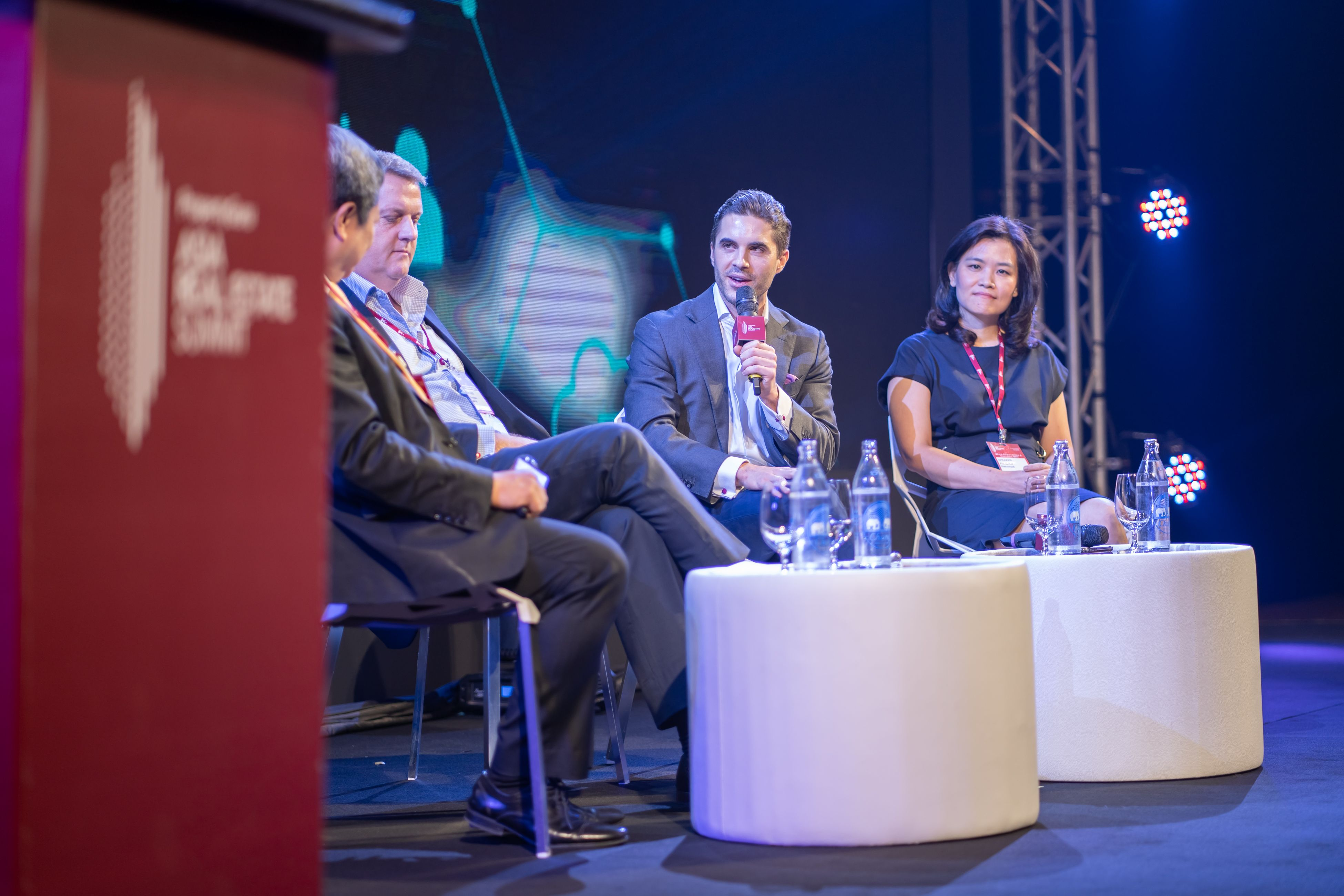 Moderated by Benedict Andrew Lim, managing director, Southeast Asian real estate at Ernst & Young, the panel on fintech at the PropertyGuru Asia Real Estate Summit consisted of Christopher J. Marriott, CEO, Southeast Asia, Savills; Dr Florian M. Spiegl, co-founder and COO, FinFabrik; and Phonpimol Pathomsak, fintech advisor
