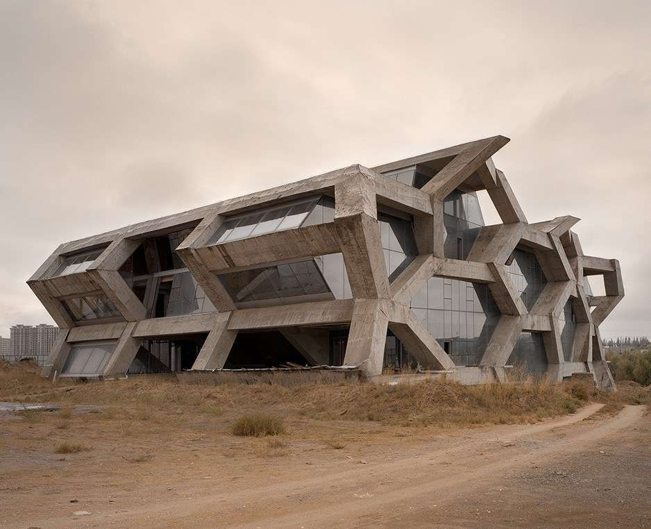 The Ordos 100 project. Image credit: Kai Caemmerer